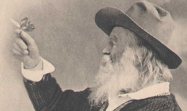 walt_whitman_moonmagazine_poesia